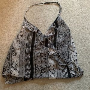 Halter top black and white